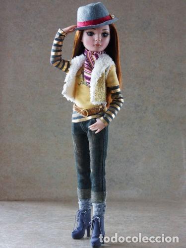 Muñecas Modernas: MUÑECA ELLOWYNE DE TONNER + BANCO + 2 PERRITOS+ HOJAS OTOÑALES PARA EL SUELO - Foto 2 - 83188616