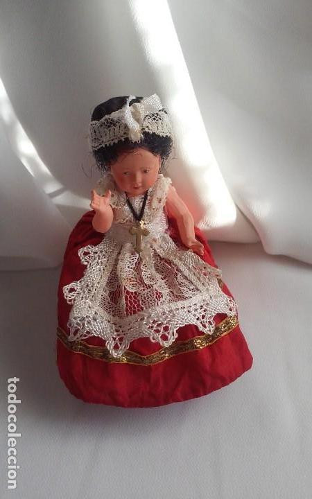 Muñecas Modernas: Curiosa y bonita muñeca de celuloide con traje regional - Foto 3 - 151192258