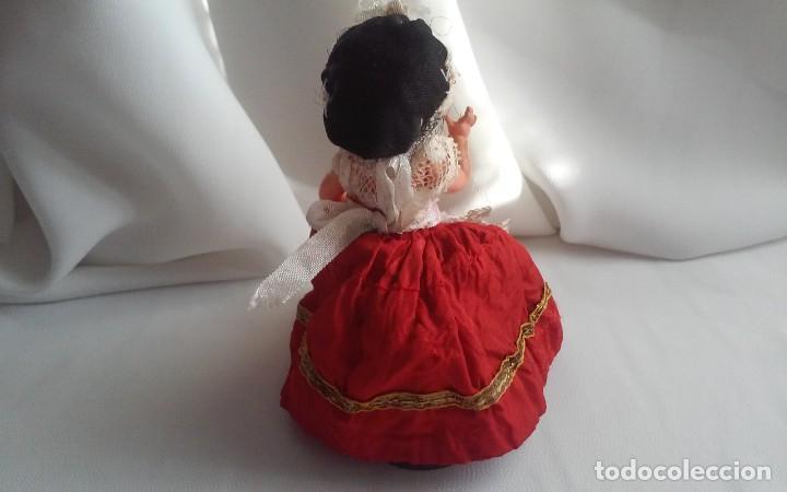 Muñecas Modernas: Curiosa y bonita muñeca de celuloide con traje regional - Foto 4 - 151192258