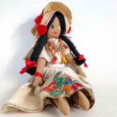 Muñecas Modernas: MUÑECA COLOMBIANA DE TELA BORDADA. GRANDE 50CM.. Lote 151321662