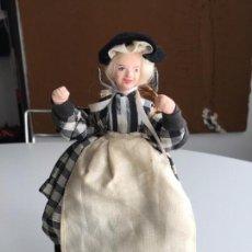Muñecas Modernas: CORNISH SHALLOWPOOL DOLL - MARY KELYNACK FISH WIFE. Lote 151392962