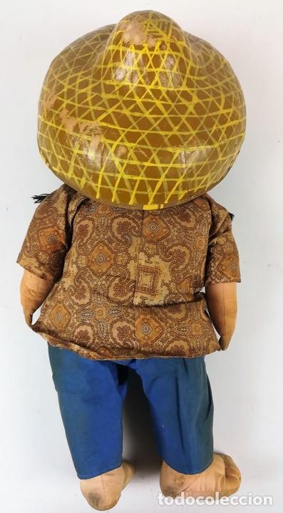 Muñecas Modernas: MUÑECA DE TRAPO. CAMPESINA ORIENTAL CON SOMBRERO. - Foto 3 - 155804382