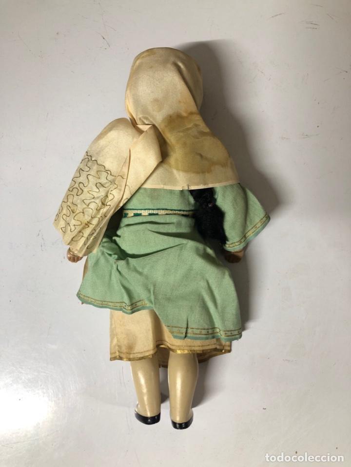 Muñecas Modernas: ANTIGUA MUÑECA ETNICA VESTIDA DE ARABE CON TRAJE COMPLETO. ¿CELULOIDE? 28 CM. VER FOTOS. - Foto 4 - 161980562