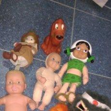 Muñecas Modernas: LOTE DE JUGUETES. LEER BIEN. Lote 164082933