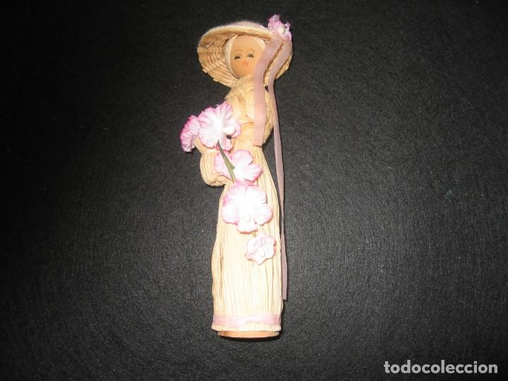 Muñecas Modernas: MUÑECA HECHA A MANO EN PAJA, CON SOMBRERO Y FLORES - Foto 2 - 170438260