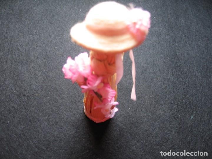 Muñecas Modernas: MUÑECA HECHA A MANO EN PAJA, CON SOMBRERO Y FLORES - Foto 4 - 170438260