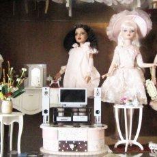 Muñecas Modernas: MUÑECA ELLOWYNE. LOTE DE MUÑECAS CON TODOS LOS ACCESORIOS. Lote 174127307
