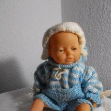 Muñecas Modernas: MUÑECO PEQUEÑO MANIQUI BEBE IMPORTADO DE REINO UNIDO SIGLO XX. Lote 175907328