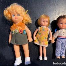 Muñecas Modernas: ANTIGUAS MUÑECAS DE LOS 60 70 CON TRAJE ORIGINAL . Lote 175944492