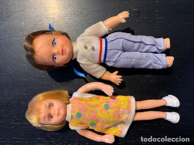 Muñecas Modernas: ANTIGUAS MUÑECAS DE LOS 60 70 CON TRAJE ORIGINAL - Foto 2 - 175944492