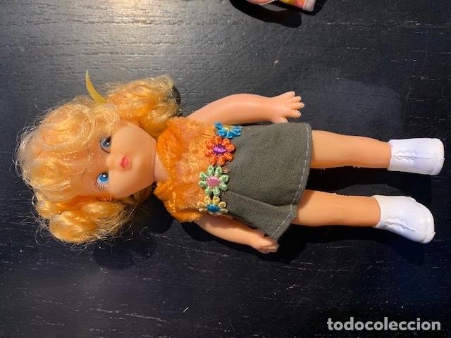 Muñecas Modernas: ANTIGUAS MUÑECAS DE LOS 60 70 CON TRAJE ORIGINAL - Foto 3 - 175944492