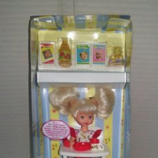 Muñecas Modernas: MUÑECA SHELLY ÑAM ÑAM. NUEVA EN CAJA. CON TRONA. MATTEL. 1997. REF 18582.. Lote 85948151