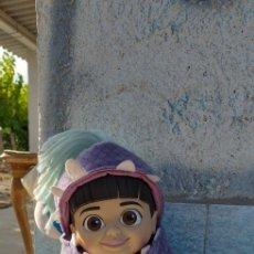 Muñecas Modernas: MUÑECA BOO DE MONSTRUOS S.A EMITE SONIDOS DE DISNEY. Lote 179084100