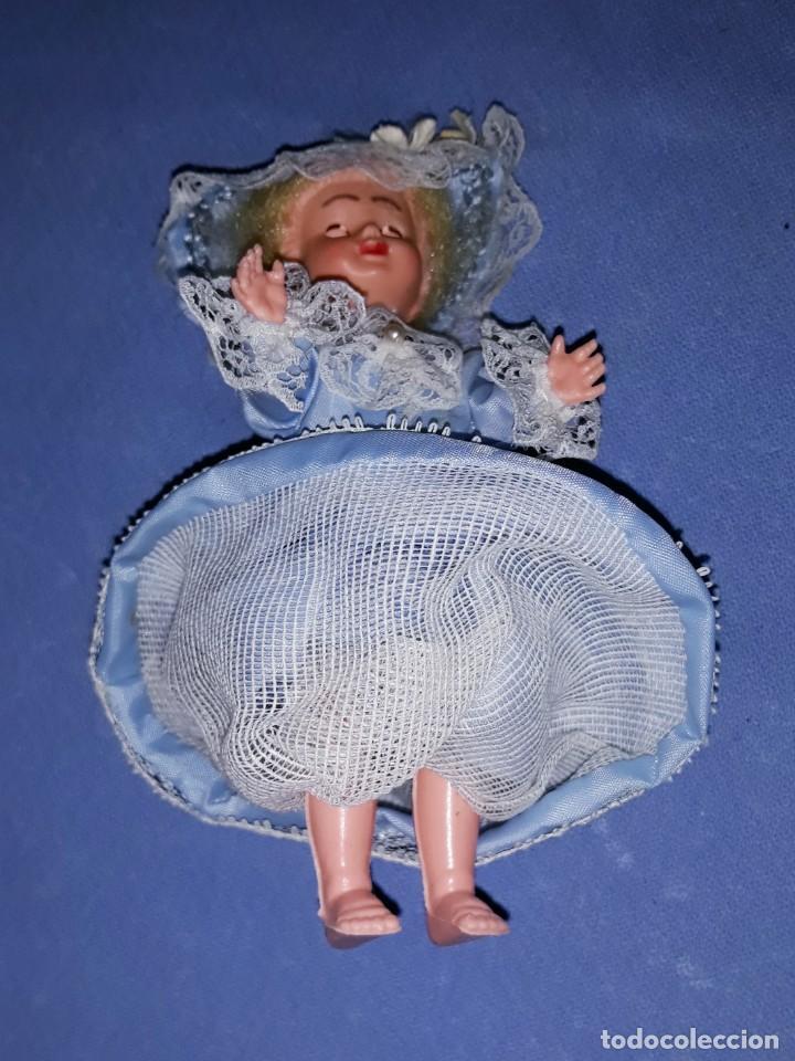 Muñecas Modernas: PEQUEÑA MUÑECA DE CELULOIDE DE BELGICA OJOS DURMIENTES ORIGINAL AÑOS 60 - Foto 4 - 184672146