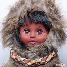 Muñecas Modernas: MUÑECA ESQUIMAL DE ALASKA, AÑOS 70. Lote 189965758