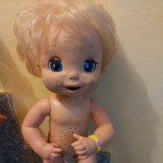 Muñecas Modernas: MUÑECA BABY ALIVE HASBRO. Lote 192657736