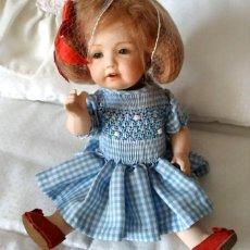 Muñecas Modernas: MERCEDITAS LA DULCE, MUÑECA ARTICULADA DE PORCELANA POR MERCEDES SOS. Lote 194072162