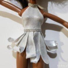 Muñecas Modernas: CAMISETA VESTIDO PARA MUÑECA BRATZ. Lote 194525991