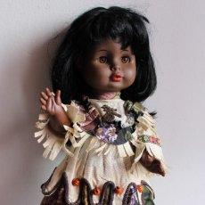 Muñecas Modernas: MUÑECA OLIVIA - BLACK NATIVE AMERICAN INDIAN COSTUMES. Lote 197838280