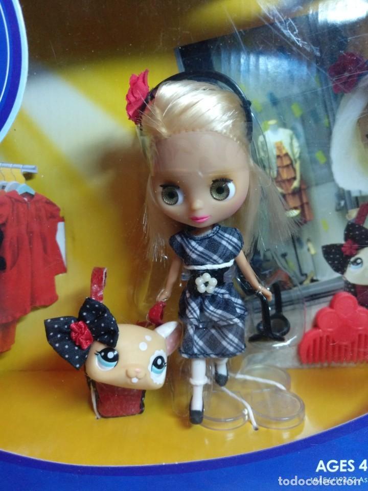 Muñecas Modernas: Muñeca Mini Blythe de Hasbro Buckles&Bows Nueva - Foto 2 - 201927977