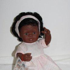 Muñecas Modernas: MUÑECA NEGRITA MINILAND BABY DOLLS. Lote 201995297