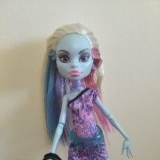 Muñecas Modernas: ABBEY BOMINABLE SCARIS MONSTER HIGH. Lote 206164718