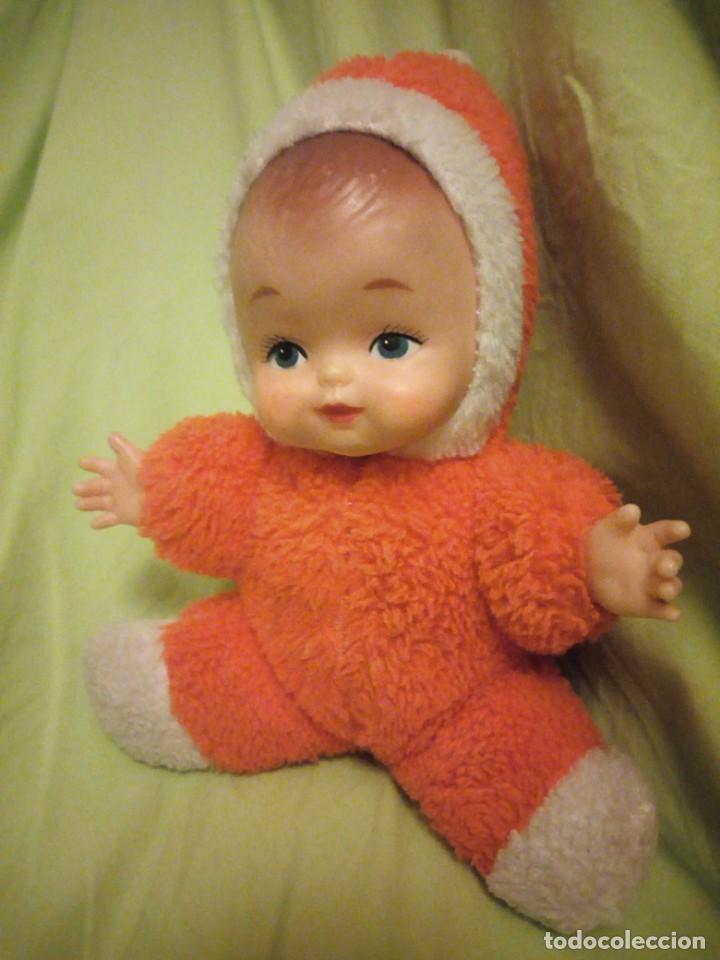 Muñecas Modernas: Bonita muñeca bebe carita de goma y cuerpo de relleno,años 80 - Foto 2 - 206310622