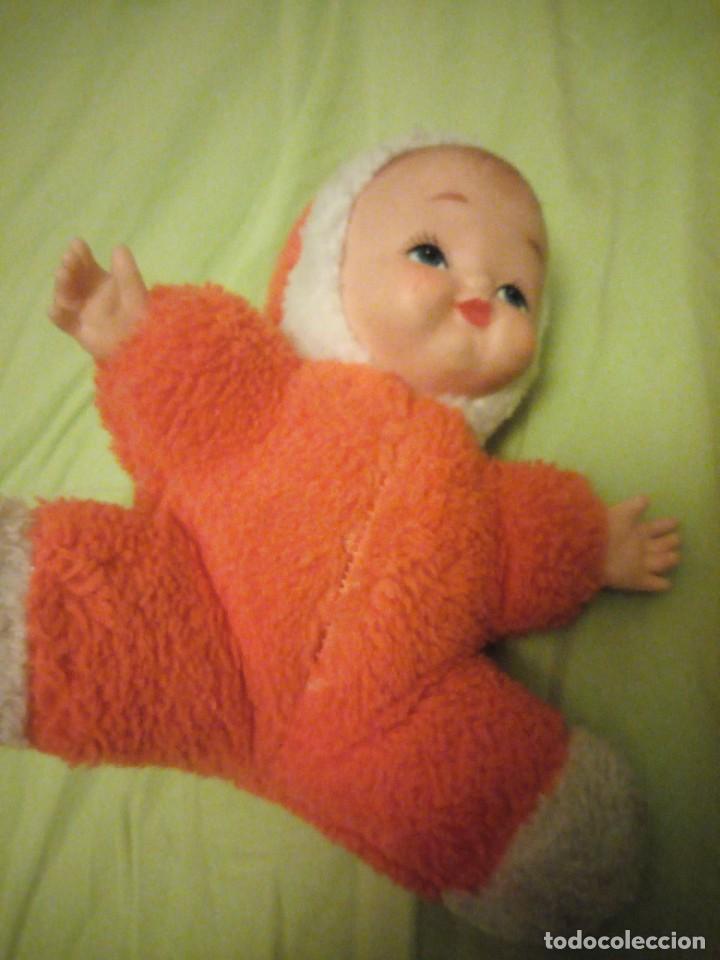 Muñecas Modernas: Bonita muñeca bebe carita de goma y cuerpo de relleno,años 80 - Foto 4 - 206310622