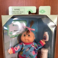 Muñecas Modernas: CABAGGE PATCH KIDS BABY WINIFRED LIANNA AUGUST 1 NEW NUEVA 1995. Lote 207287930