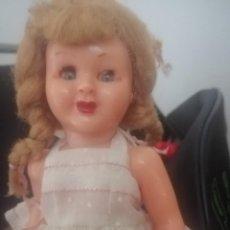 Bambole Moderne: MUÑECA ANTIGUA PIERINA MARISOL. Lote 207948170