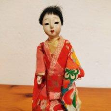 Muñecas Modernas: ANTIGUA MUÑECA JAPONESA FIGURA DECO ASIÁTICA, GEISHA, MUJER CON KIMONO 17CM MADE IN JAPAN. Lote 211525781