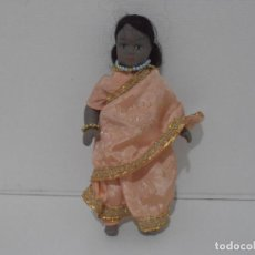 Muñecas Modernas: MUÑECA TERRACOTA, HINDU TRAJE TIPICO DE LA INDIA 20 CM. Lote 212627571