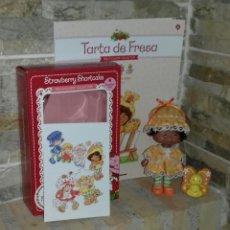 Muñecas Modernas: MUÑECA TARTA DE FRESA FLORI NARANJA / STRAWBERRY SHORTCAKE. Lote 214141358