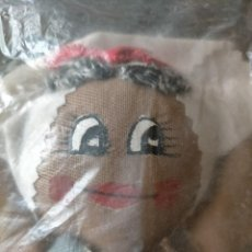 Muñecas Modernas: MUÑECA DE TRAPO CUBANA. SIN ESTRENAR. Lote 214402190
