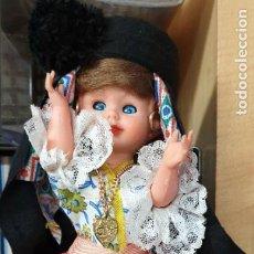 Bambole Moderne: MUÑECA REGIONAL NAZARÉ PORTUGAL CELULOIDE 23 CM. ALTURA. Lote 220072515