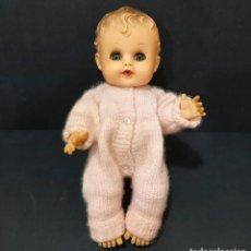 Muñecas Modernas: MUÑECA AMERICANA SUNBABE SO WEE DE RUTH E. NEWTON, NUEVA YORK AÑOS 50, 25 CM ALTURA. Lote 222317916