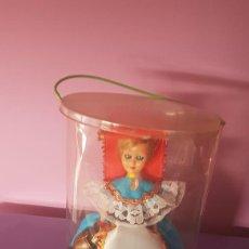 Muñecas Modernas: MUÑECA DE ELBA, ITALIA, AÑOS 60/70. Lote 228070420