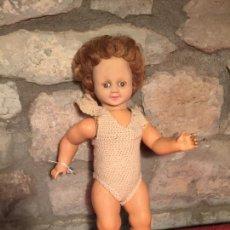 Muñecas Modernas: ANTIGUA MUÑECA FRANCESA DE CELULOIDE CON PELO Y OJOS DURMIENTES AÑOS 60. Lote 231259195