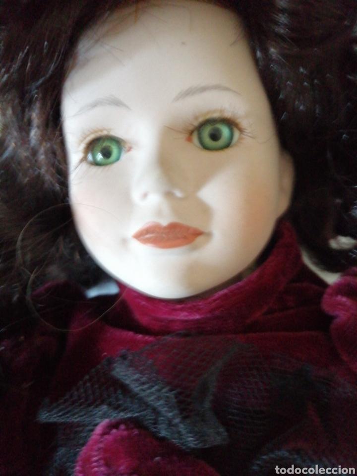 Muñecas Modernas: Muñeca en vestído de terciopelo - Foto 12 - 232921845