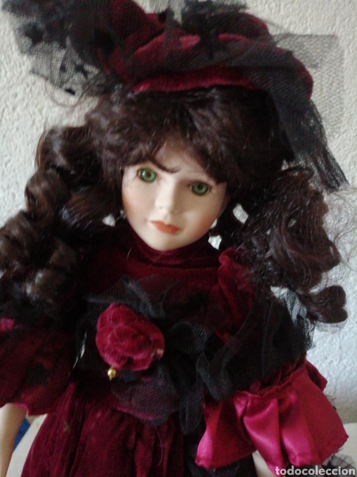Muñecas Modernas: Muñeca en vestído de terciopelo - Foto 15 - 232921845