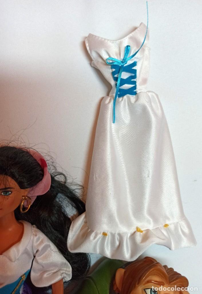 Muñecas Modernas: Muñeca Esmeralda,Jorobado de Notre Dam y vestido Esmeralda de Disney - Foto 2 - 234563085