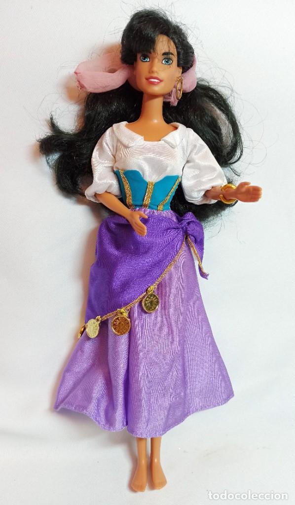 Muñecas Modernas: Muñeca Esmeralda,Jorobado de Notre Dam y vestido Esmeralda de Disney - Foto 4 - 234563085