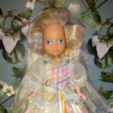 Muñecas Modernas: MUÑECA LADY TIRABUZONES-LOVELY LOCKS, CON DEFECTOS, MATTEL - 1986. Lote 242427585