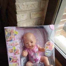 Muñecas Modernas: MUÑECA BEBE NIÑA BABY BORN, PONGO FOTO DEL PRODUCTO WEB Y DEL QUE SE ENVIA. Lote 226092461