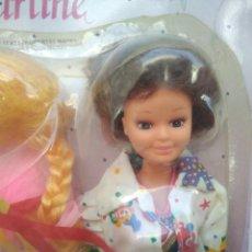Muñecas Modernas: BLISTER AÑOS 80 MUÑECA DE MARTINE CON ACCESORIOS. Lote 246083300