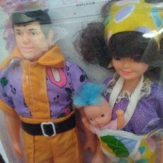 Muñecas Modernas: BLISTER AÑOS 80 MUÑECOS DE MARTINE CON ACCESORIOS. Lote 246089520