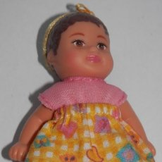 Muñecas Modernas: PEQUEÑA MUÑECA DE LA MATTEL. Lote 255341065