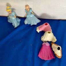 Muñecas Modernas: 2 MUÑECA DE DISNEY Y CUATRO VESTIDOS, EN SILICONA, VINTAGE.. Lote 259005125