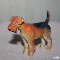 Muñecas Modernas: MUÑECO ANIMALES PERRITO DE GOMA DURA - MEDIDA DE ALTURA: 5,5CM. Lote 269012009