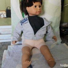 Muñecas Modernas: ENORME MUÑECO ZAPF CREATION. Lote 269388758